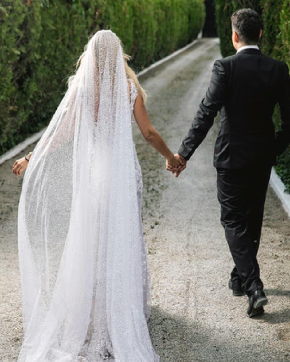 Έλενα Ράπτη: Δείτε την πρώτη φωτογραφία από το γάμο της και τον σύζυγό της Κίμωνα!