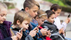 Τέλος τα social media για παιδιά κάτω των 13 ετών! Τι ορίζει ο νόμος
