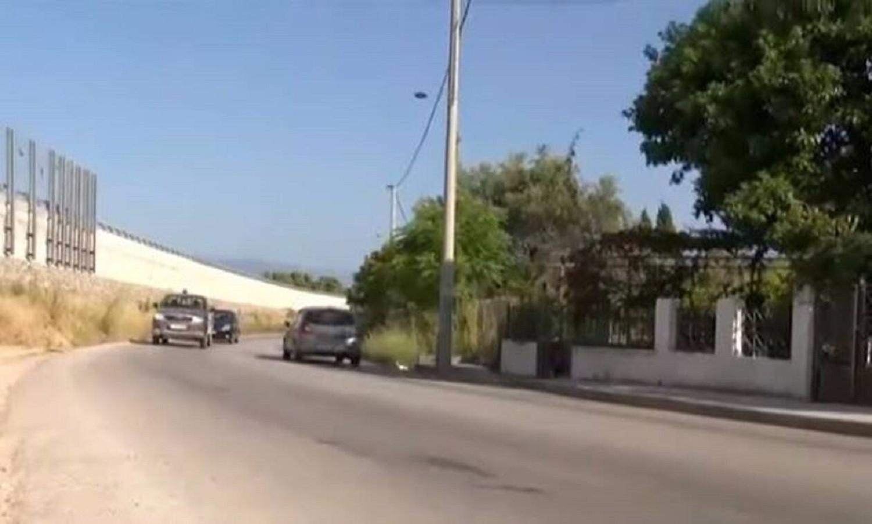 Βίντεο - ντοκουμέντο από την τραγωδία στο Αίγιο: Πώς το αυτοκίνητο σκότωσε γιαγιά και εγγονάκι (vid)