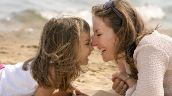 «Μαμά, σε συγχωρώ!»: Πως μία μόνο κουβέντα ενός 3χρονου παιδιού δίνει το πιο πολύτιμο μάθημα σε όλους τους γονείς!