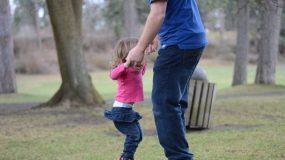 Τα παιδιά φέρνουν την ευτυχία στους γονείς τους...Όταν όμως έχουν μεγαλώσει