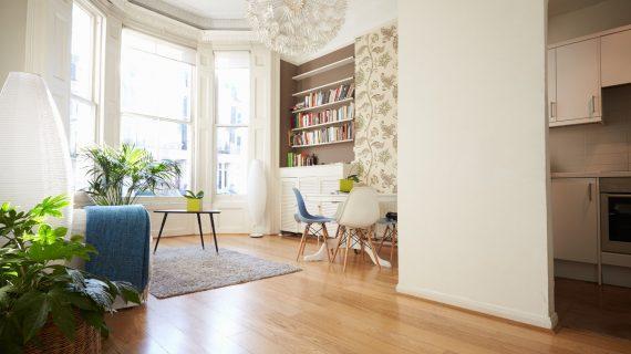 Τι χρειάζεται να αγοράσεις για ένα φοιτητικό σπίτι; Πλήρης λίστα με ολα!