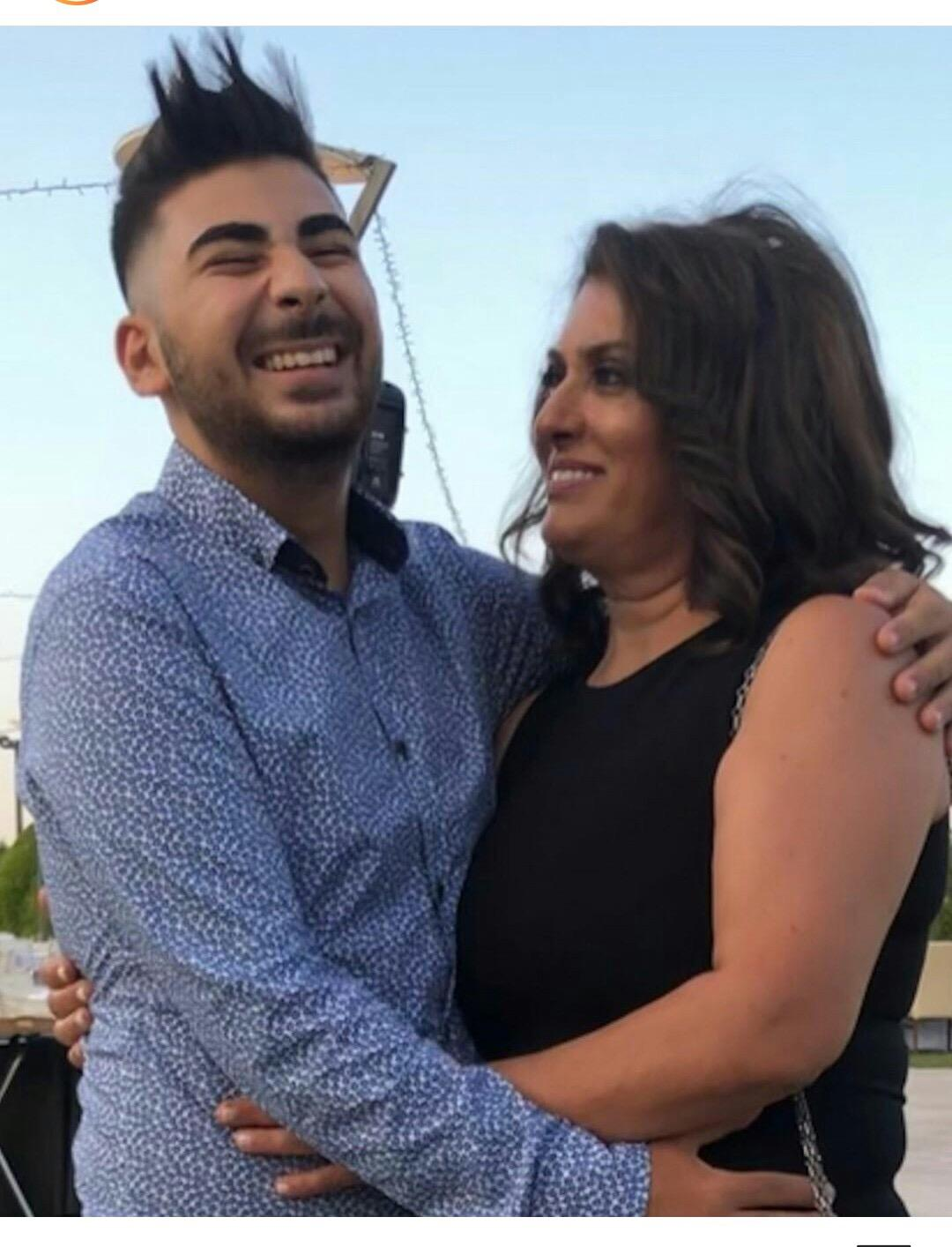 Έγινε νονός ο Κωνσταντίνος Παντελίδης και μοίρασε χαμόγελα στην οικογένεια! Δείτε φωτογραφίες από τη βάφτιση