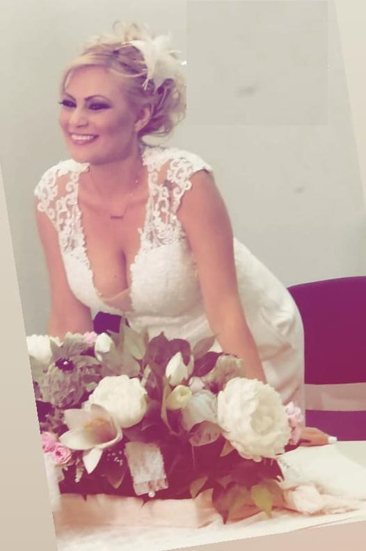 Παντρεύτηκε το Γωγουλίνι μας- Δείτε φωτογραφίες και βίντεο από το γάμο της