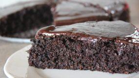 Η πιο λαχταριστή Σοκολατόπιτα χωρίς αλεύρι (βίντεο)