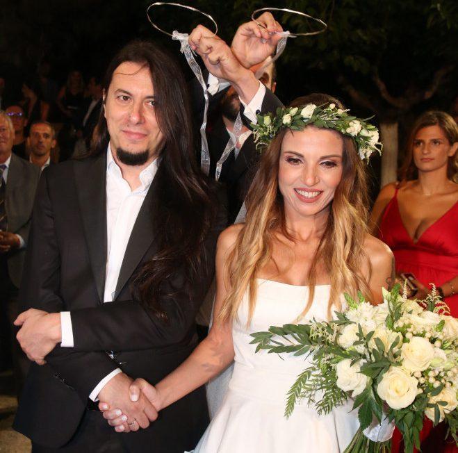 Ευρυδίκη: Ο γιος της με τον Θεοφάνους την πήγε νύφη στην εκκλησία  και είναι ίδιος με τον πατέρα του