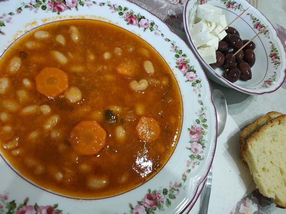 Μαμαδίστικη συνταγή: Φασολάδα η παραδοσιακή και αγαπημένη!