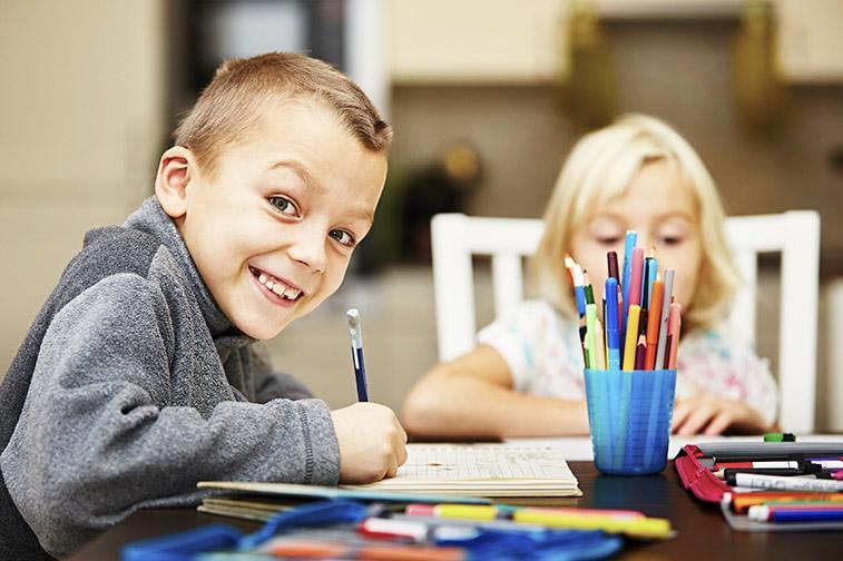 Back to school 2021: Για να αγαπήσουν τα παιδιά το σχολείο πρέπει να το μάθουν από το σπίτι
