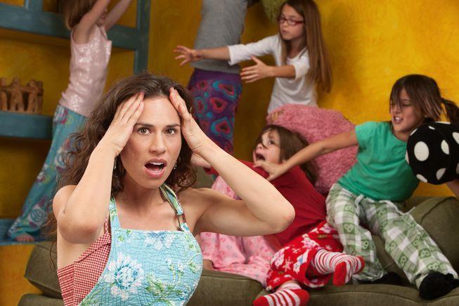 Μαμάδες στα πρόθυρα νευρικής κρίσης και γονεϊκής εξουθένωσης!