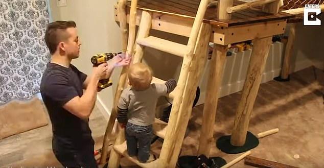 Αυτός ο μπαμπάς μέσα σε 8 μήνες έφτιαξε το πιο ονειρεμένο παιδικό δωμάτιο που πραγματικά θα ζηλέψετε!