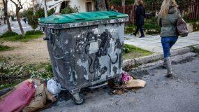"""""""Είδα το μωρό παγωμένο, ανάμεσα σε σκουπίδια"""" –Συγκλονιστικες μαρτυρίες στη δίκη για το νεκρό βρέφος στη Πετρούπολη"""