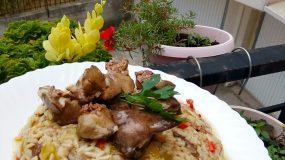 Συκωτακια κοτόπουλο με πιλάφι