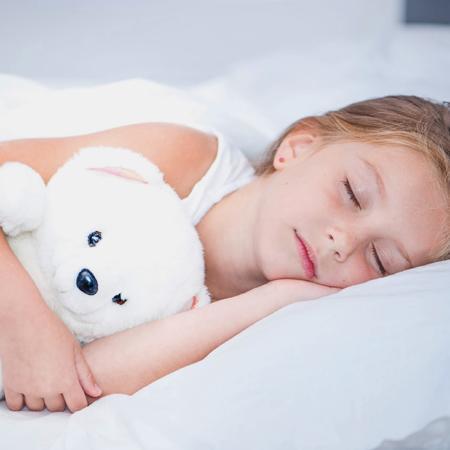 Παιδικό Ροχαλητό: Πόσο επικίνδυνο είναι και τι γνωρίζετε για την υπνική άπνοια;