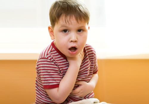 Πονόλαιμος στα παιδιά: Πως αντιμετωπίζεται η πιο συχνή λοίμωξη;
