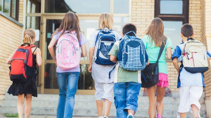 Φωνές και καβγάδες το πρωί πριν το σχολείο; 7 αποτελεσματικοί μέθοδοι αντιμετώπισης από την Μαρία Μοντεσόρι
