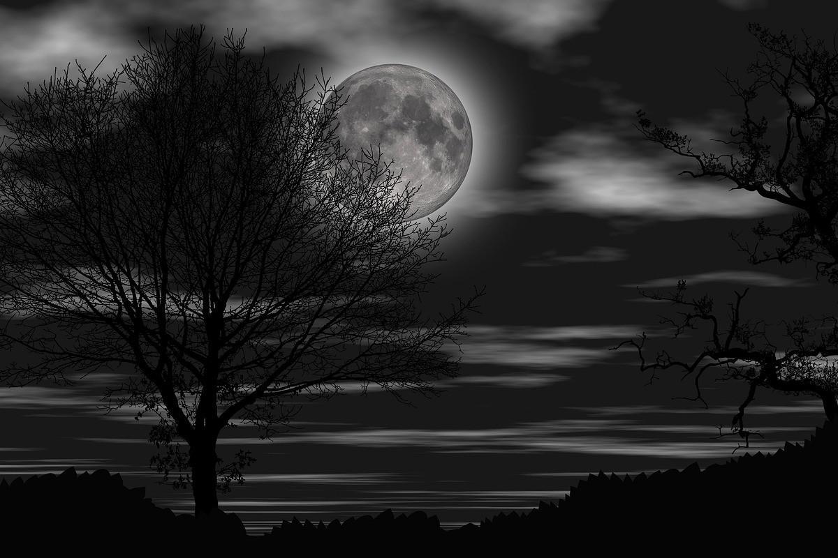 Κοιτάξτε στον ουρανό: H Μαύρη Πανσέληνος είναι εδώ και επηρεάζει τα παρακάτω  ζώδια