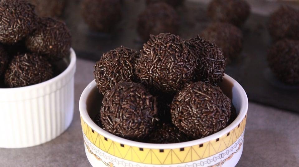 Τρουφάκια Σοκολάτας σε 5' με 3 Υλικά - 3 Ingredients Chocolate Truffles