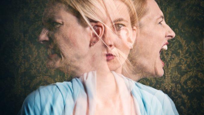 Σχιζοφρένεια: Έτσι μοιάζουν οι «φωνές που έχουν στο κεφάλι τους» οι ψυχικά ασθενείς (βίντεο)
