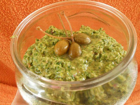 Παραδοσιακή συριανή συνταγή για ντιπ μαϊντανού όλο άρωμα- Parsley from Syros!