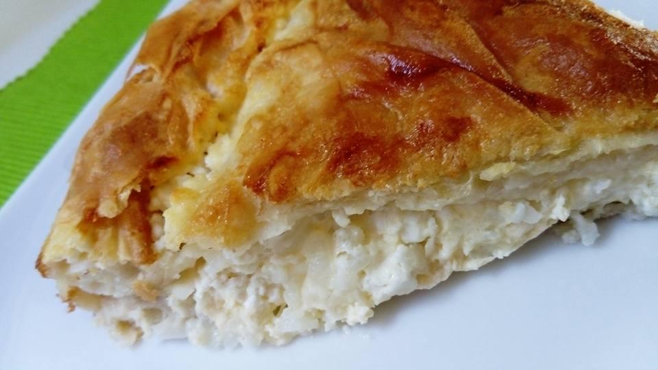 Πρωτότυπη και νόστιμη ριζοτυρόπιτα με λίγα υλικά - Rise and cheese pie