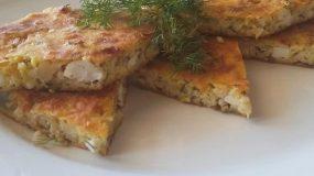 Παραδοσιακή Τραχανόπιτα με φέτα κολοκύθια και μυρωδικά σκέτη νοστιμιά!