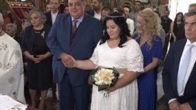 Σούσουρο στη Λάρισα από την αντίδραση νύφης την ώρα που ο ιερέας ψέλνει το «η δε γυνή να φοβήται τον άνδρα» (Vid)