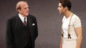 Του μοιάζει πολύ: Ο Γιώργος Κωνσταντίνου μαζί με την κόρη του, Αννα, επί σκηνής! (εικόνες)