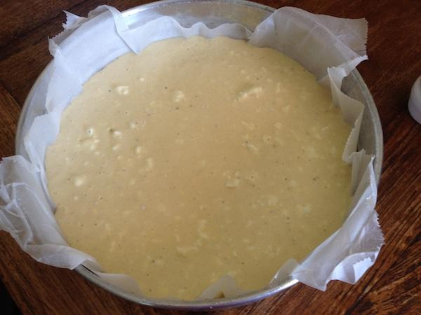 Αφράτη τυρόπιτα χωρίς φύλλο με σόδα αναψυκτικό