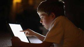 Ηλεκτρομαγνητική ακτινοβολία: Πως να προστατέψουμε τα παιδιά μας από τις ηλεκτρονικές συσκευές(wifi, tamblets κ.α)