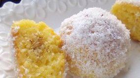 Ατομικά σιροπιαστά γλυκάκια με ινδοκάρυδο σαν τρουφάκια