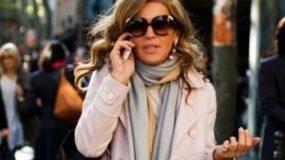 6 τρόποι να φορέσει το κασκόλ του χειμώνα μια στιλάτη γυναίκα