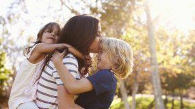Η αγάπη στα παιδιά σου δεν μοιράζεται, είναι διαφορετική μα ίση!