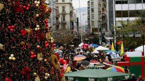Εορταστικό ωράριο: Ποιες ώρες θα είναι ανοιχτά τα καταστήματα και τα σούπερ μάρκετ μέχρι και την Πρωτοχρονιά;