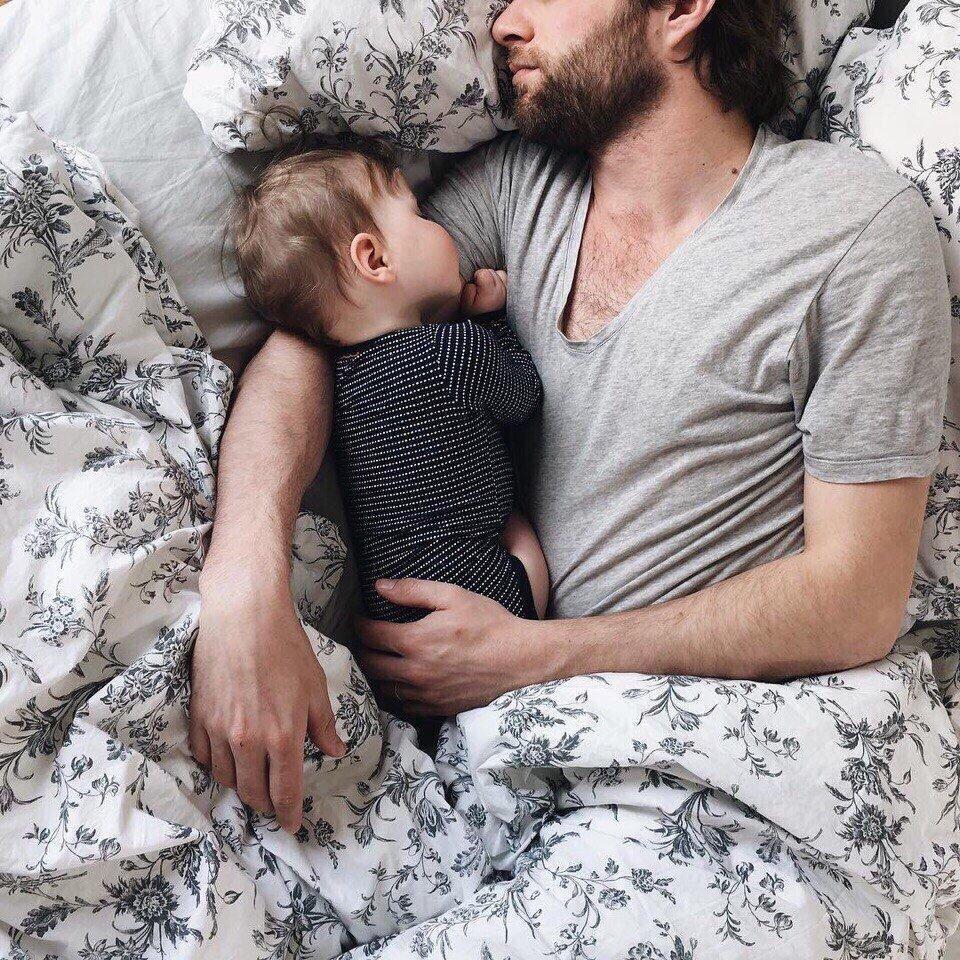 Τι σημαίνει να είσαι γονιός μέσα από τα μάτια ενός νέου μπαμπά