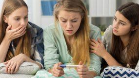 Η κύηση στην εφηβεία:Ποιοι κίνδυνοι εγκυμονούν- Τι πρέπει να προσέξουν οι γονείς;
