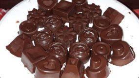 Σοκολατάκια με βρώμη, καρύδια και μέλι έτοιμα σε 10΄