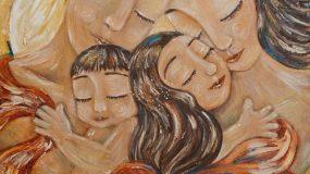 """Ένας ψυχοεκπαιδευτής συμβουλεύει: """"Να μεγαλώσουμε ανθρώπους που ξέρουν να αγαπούν και νοιάζονται."""""""