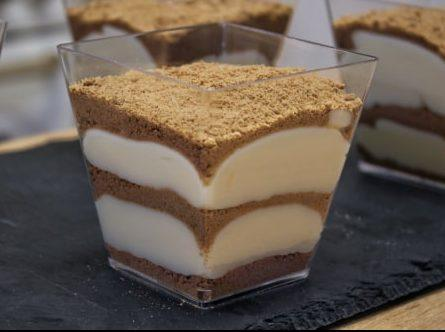 Πάστα με Κρέμα Ζαχαροπλαστικής και Μπισκότα (Συνταγή Ζαχαροπλαστείου) - Vanilla Pudding