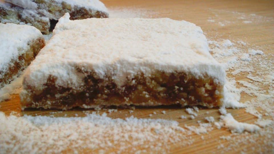 Νηστίσιμος, παραδοσιακός ζαχαρομπακλαβάς Πάρου