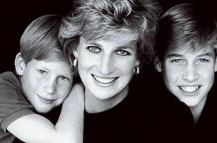 Στη δημοσιότητα ιδιόχειρο σημείωμα της Νταϊάνα στους γιους της- Δείτε τι τους έγραφε