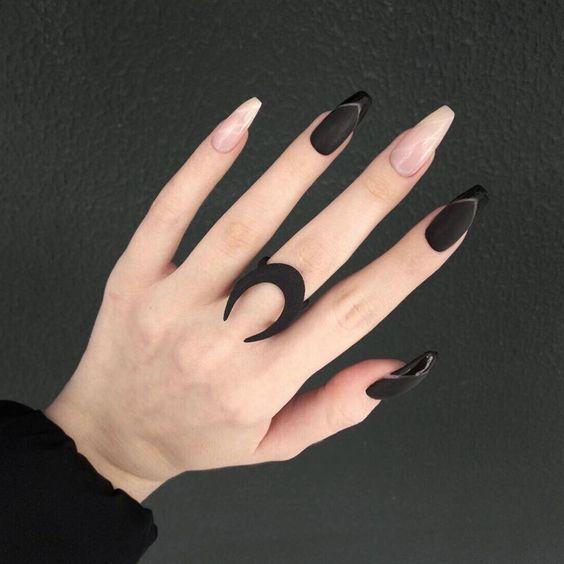 Ballerina Nails: Η απόλυτη τάση στα νύχια και πως να τα φτιάξετε μόνες σας(video)