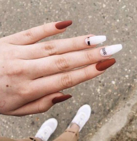 Ballerina Nails: Η απόλυτη τάση του 2020 στα νύχια και πως να τα φτιάξετε μόνες σας(video)
