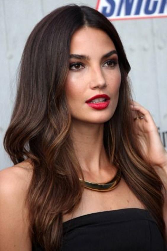 Η απόλυτη τάση στα μαλλιά είναι τα lowlights - Δες 20 μοντέρνες ιδέες