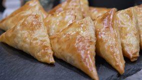 Τρίγωνα Πρασοτυροπιτάκια της Τεμπέλας-Easy Leek & feta Cheese pie
