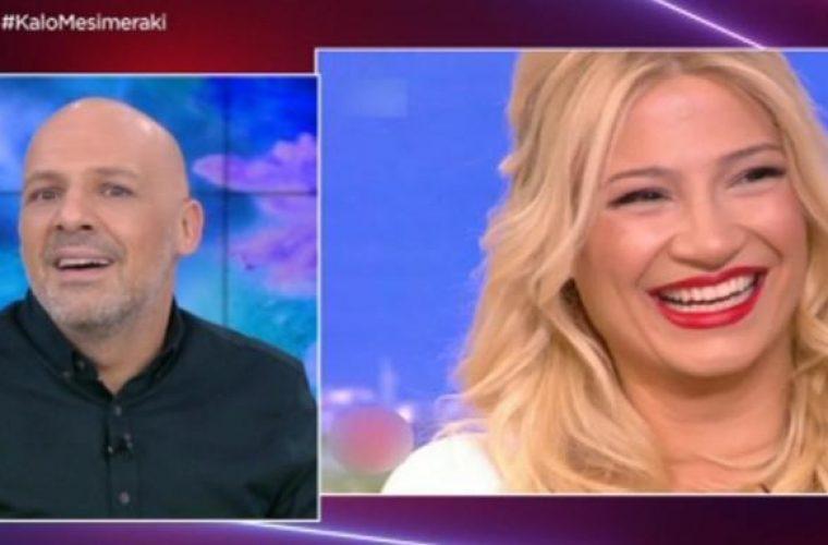 Νίκος Μουτσινάς: Τρολάρει τη νέα σχέση της Σκορδά και τα νεύρα του Λιάγκα