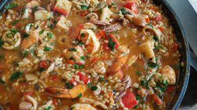 Πεντανόστιμο ριζότο θαλασσινών με γαρίδες και καλαμάρια!