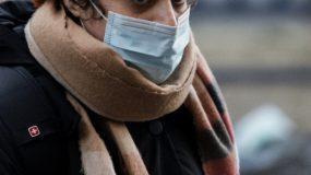 Σε έλλειψη οι χειρουργικές μάσκες! Πως να φτιάξετε χειρουργικές μάσκες μόνοι σας