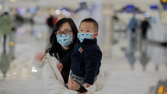 """""""Ο κορονοϊός είναι πιο μεταδοτικός και με μεγαλύτερα ποσοστά θνησιμότητας από τη γρίπη"""" Όσα εξηγεί ο Α. Δαρζεντας"""