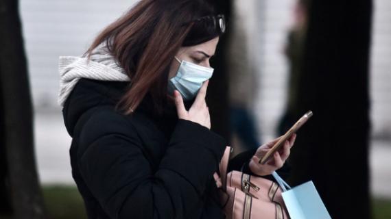 Κορονοϊός: Σταματήστε να πανικοβάλλετε τον κόσμο μεσα από τα social media!