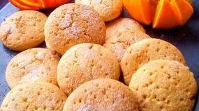 Νηστίσιμα τραγανά μπισκότα πορτοκαλιού χωρίς μίξερ